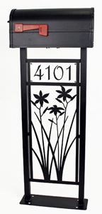 Day Lily Mailbox Stand by Trellis Art Designs