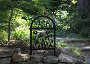 Rudbeckia with Arch Address Stake, Trellis Art Designs